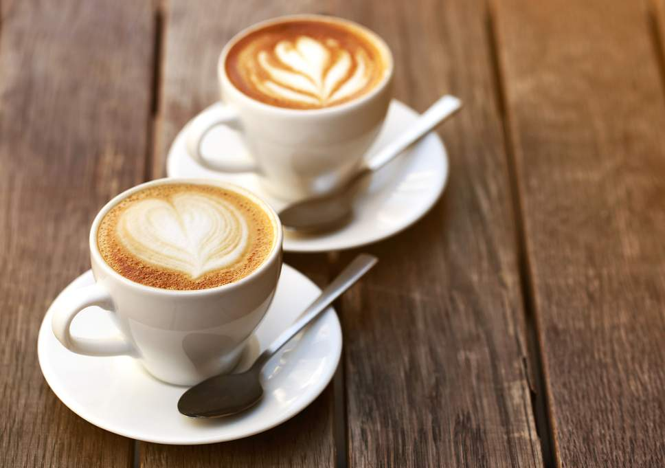 Cafeaua decofeinizata: prieten sau dusman?