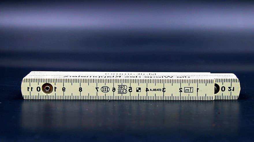 Greutate Pierdere Vs. Pierdere de centimetri
