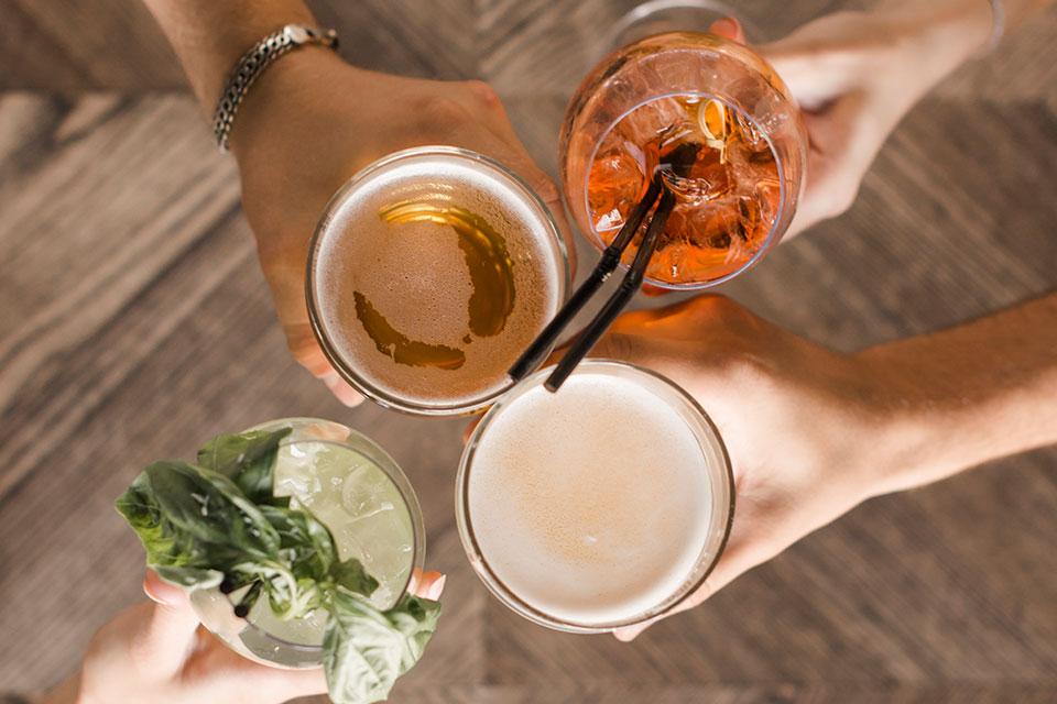 pierdeți în greutate băutură slăbește mănâncă mult