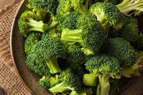poate broccoli să ajute la pierderea în greutate