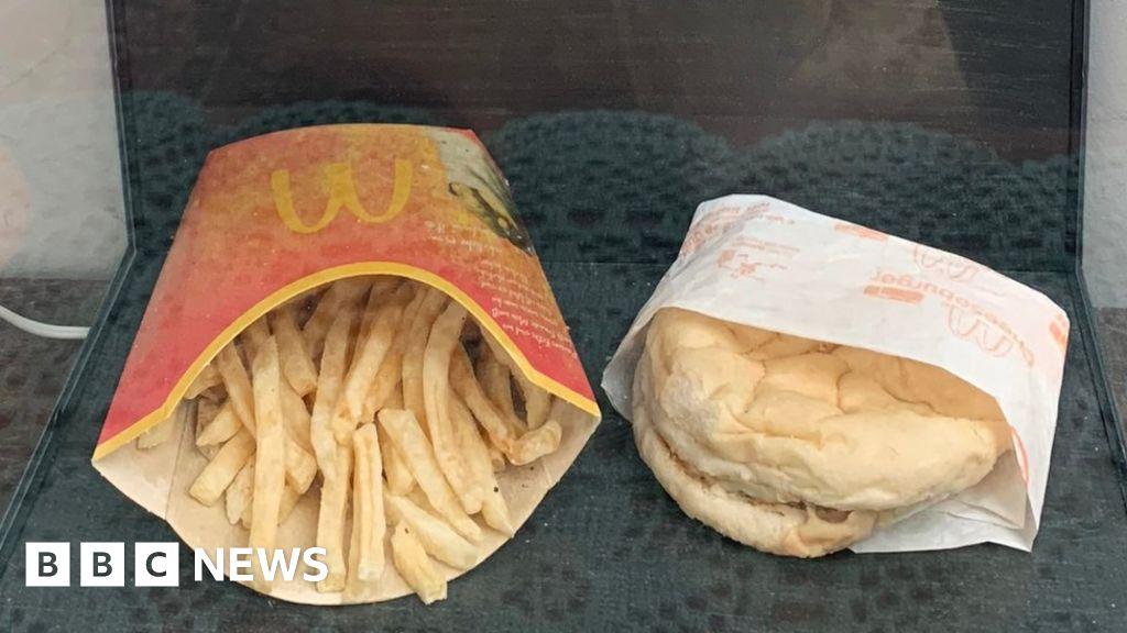 Omul își pierde jumătate din greutate - chiar dacă mănâncă în fiecare zi la McDonald's Health