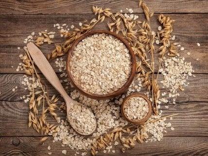 NUTRIȚIE DE OVĂZ, BENEFICII, TIPURI, REȚETE ȘI MULTE ALTELE - - FITNESS -