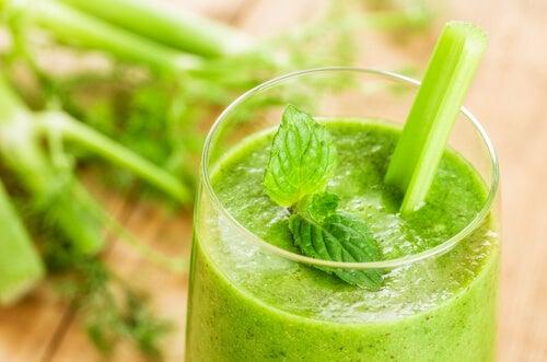 băuturi naturale pentru pierderea în greutate acasă obat slăbire