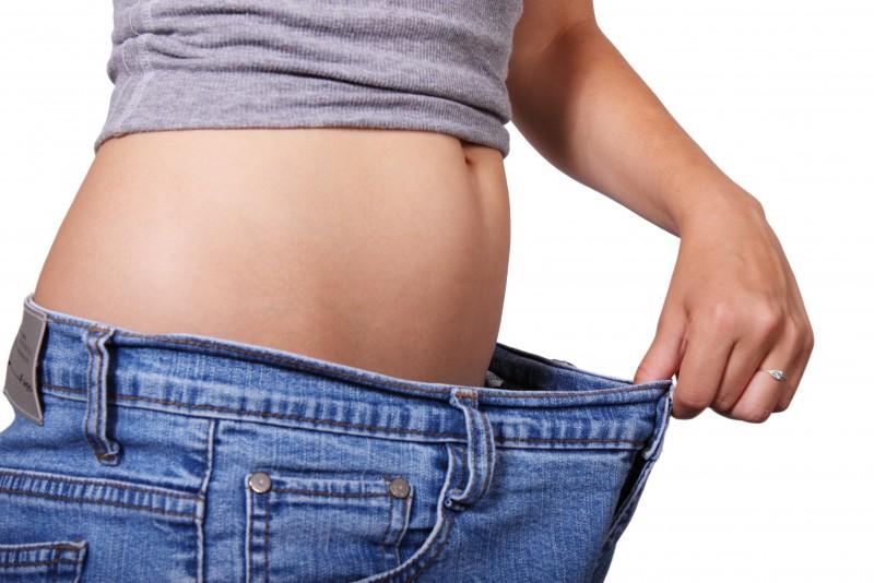 pot sa pierd grasime, dar sa mentin greutatea