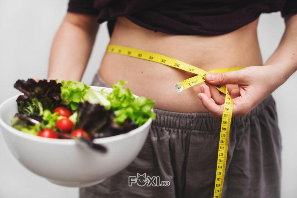 mananca jumatate de portii pierde in greutate